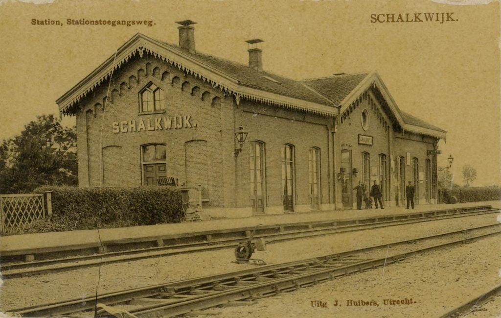 Station Schalkwijk